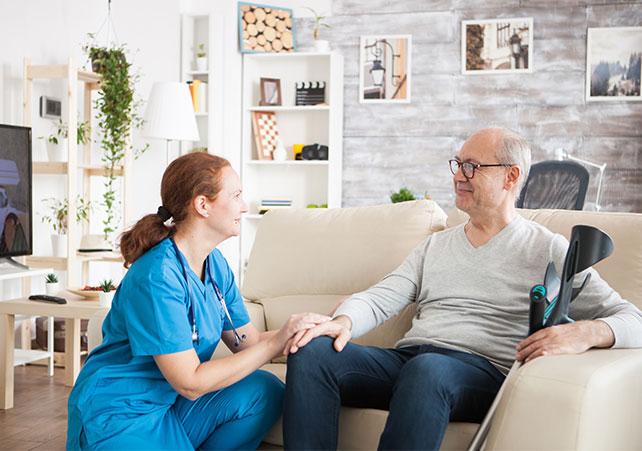 Pflegeleistungen und die Vorteile einer häuslichen Pflege - Amor-Pflegedienst